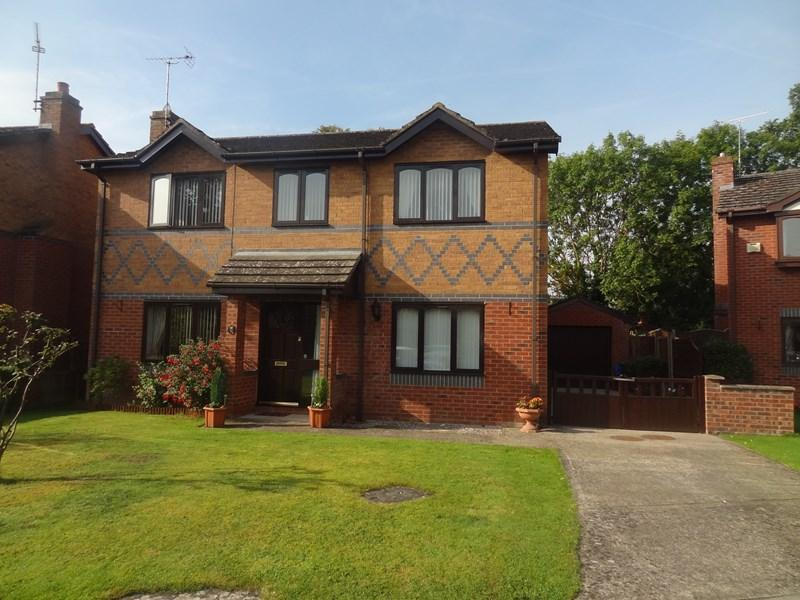 4 Bedrooms Detached House for sale in Greenfield View, Cross Lanes