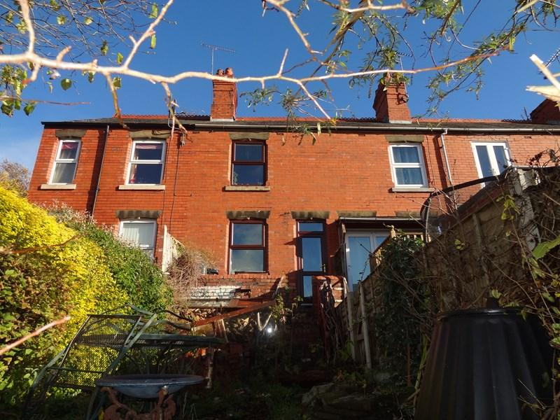 2 Bedrooms Terraced House for sale in Waterloo Terrace, Park Road, Newbridge