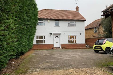 5 bedroom detached house to rent - Canes Mill, Braintree