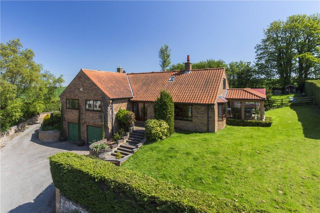 4 Bedrooms Detached House for sale in Hutton Conyers, Ripon