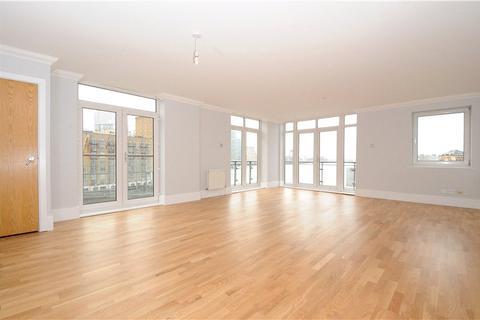 3 bedroom character property to rent - Dunbar Wharf, 108-124 Narrow Street, Limehouse, London, E14