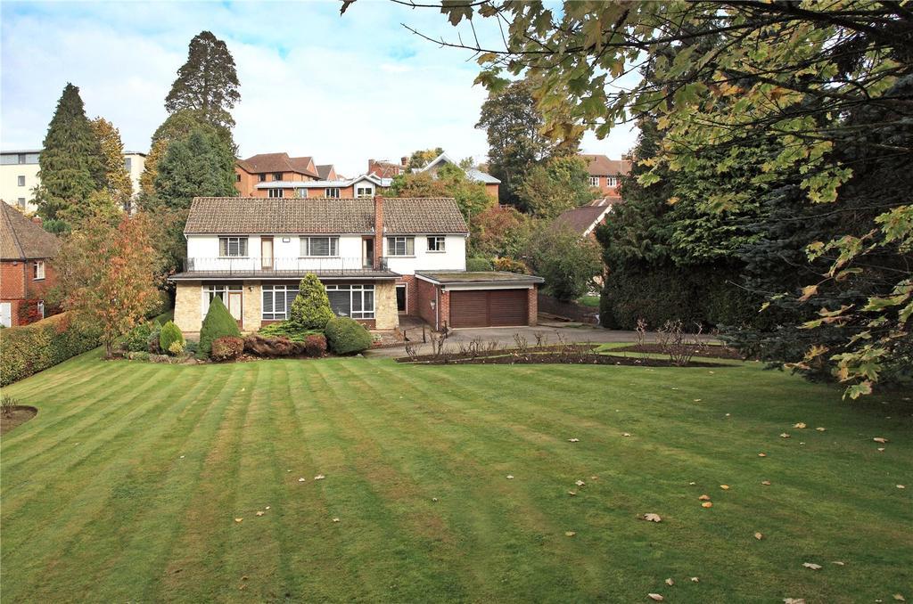 3 Bedrooms Detached House for sale in St. Nicholas Drive, Sevenoaks, Kent, TN13