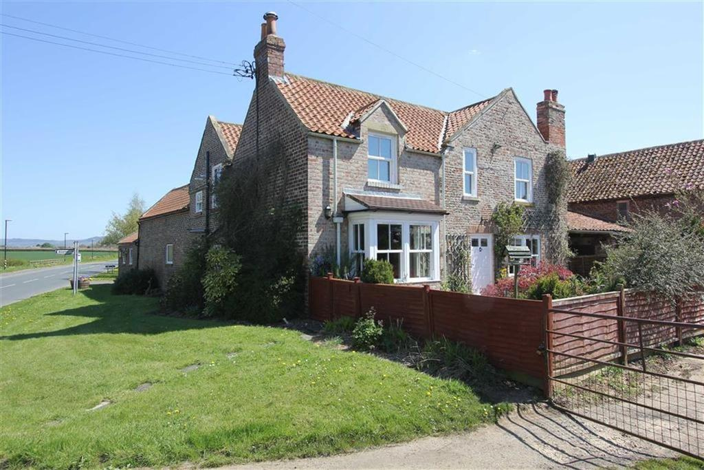 4 Bedrooms Semi Detached House for sale in Tame Bridge, Stokesley