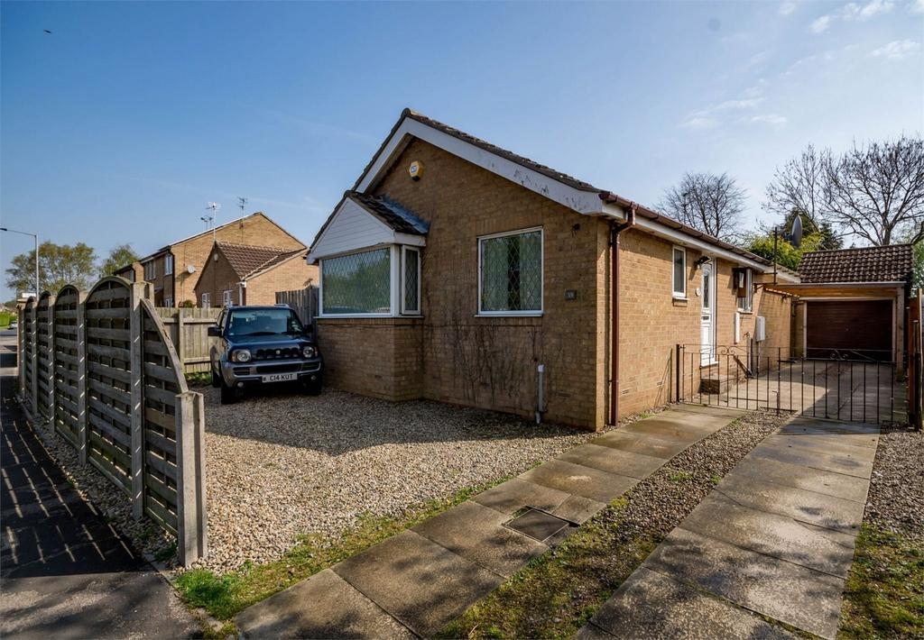 3 Bedrooms Detached Bungalow for sale in Bellhouse Way, YORK