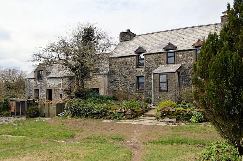 6 Bedrooms Land Commercial for sale in Pengawsai , Rhosfach, Clynderwen, Pembrokeshire. SA66 7JS