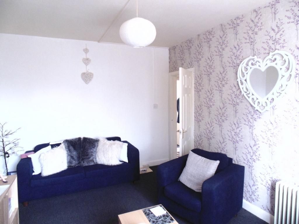 2 Bedrooms Maisonette Flat for sale in Bermans Way, London, NW10