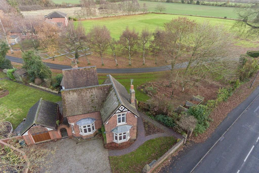 4 Bedrooms Detached House for sale in Warwick Road, Kenilworth, Kenilworth, Warwickshire