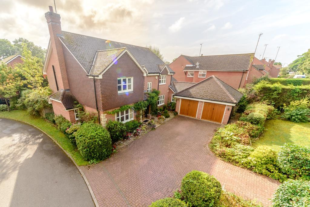 5 Bedrooms Detached House for sale in Seekings Drive, Kenilworth, Kenilworth, Warwickshire