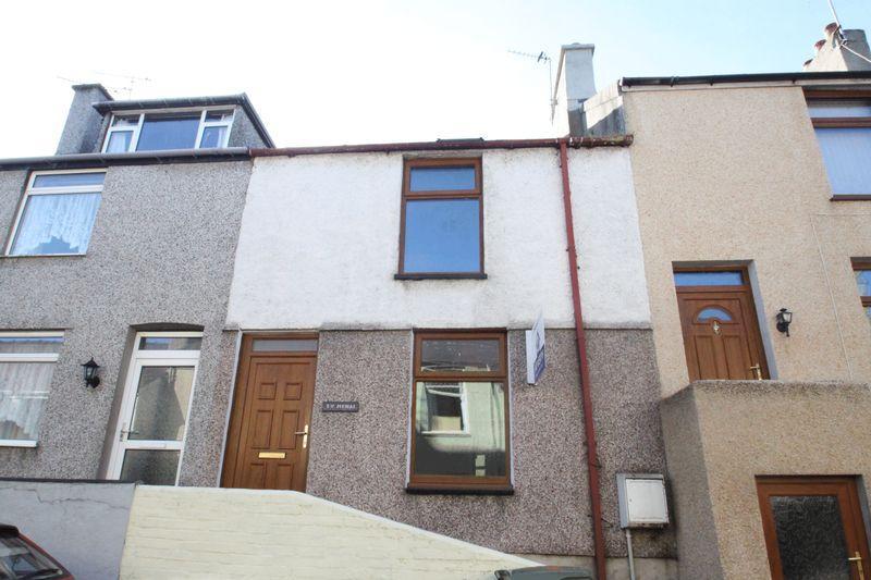2 Bedrooms Terraced House for sale in Menai Street, Y Felinheli