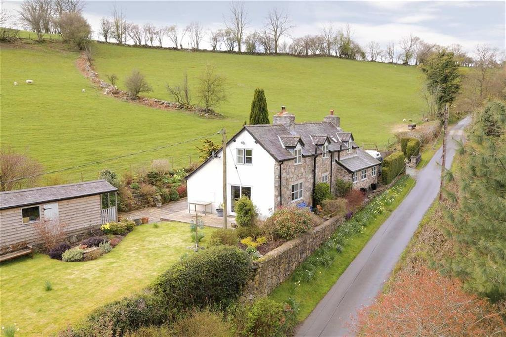 3 Bedrooms Country House Character Property for sale in Llanrhaeadr Y Mochnant, SY10