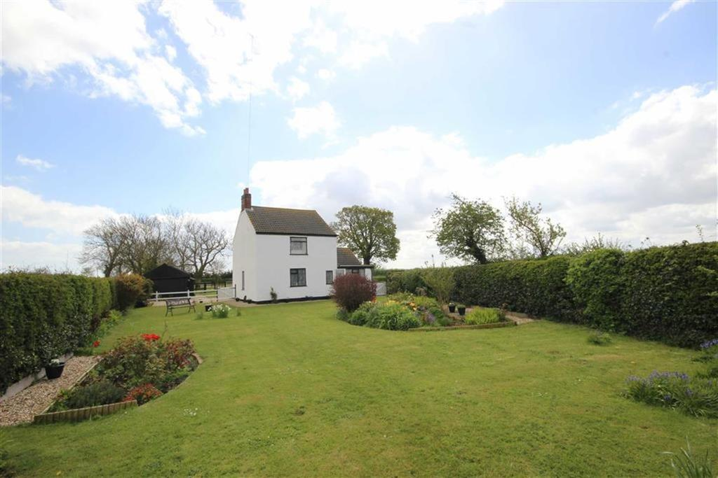 2 Bedrooms Detached House for sale in Asserby, Alford, Lincolnshire