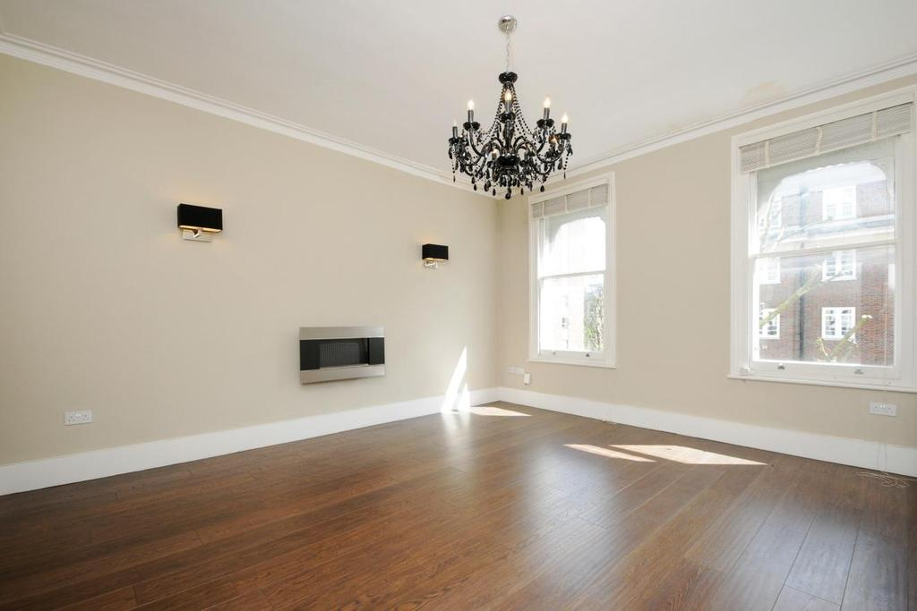 5 Bedrooms Maisonette Flat for sale in Vicarage Gate, Kensington, W8
