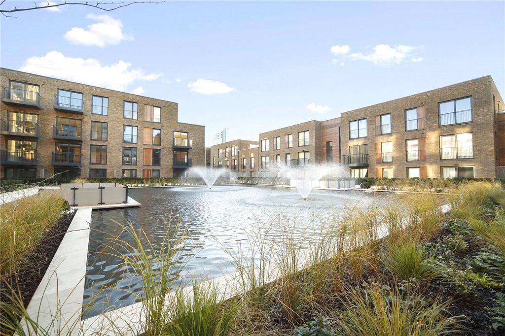 2 Bedrooms Flat for sale in Royal Victoria Gardens, Whiting Way, London, SE16