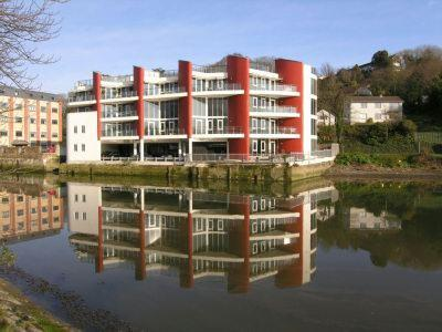 2 Bedrooms Apartment Flat for rent in Malpas House, Malpas Road, Truro, TR1