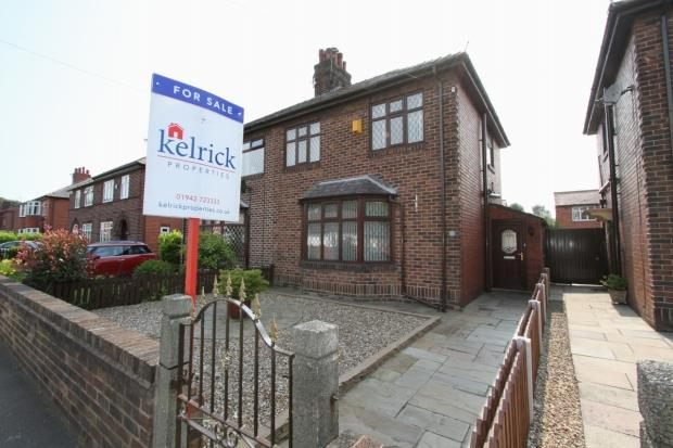 3 Bedrooms Semi Detached House for sale in Townfields Ashton In Makerfield Wigan