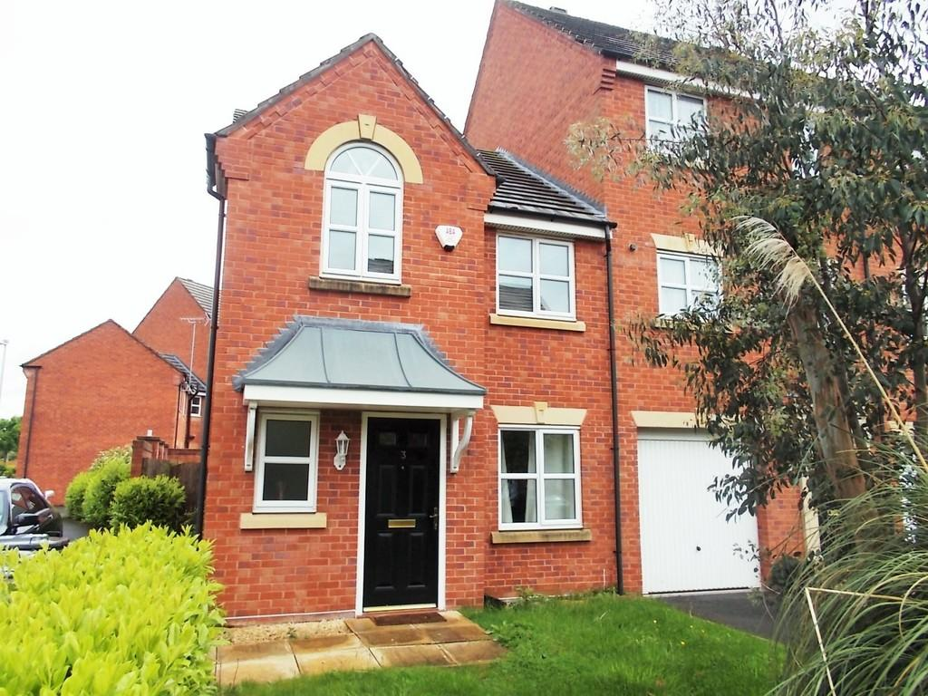 3 Bedrooms Semi Detached House for rent in Ursuline Way, Crewe