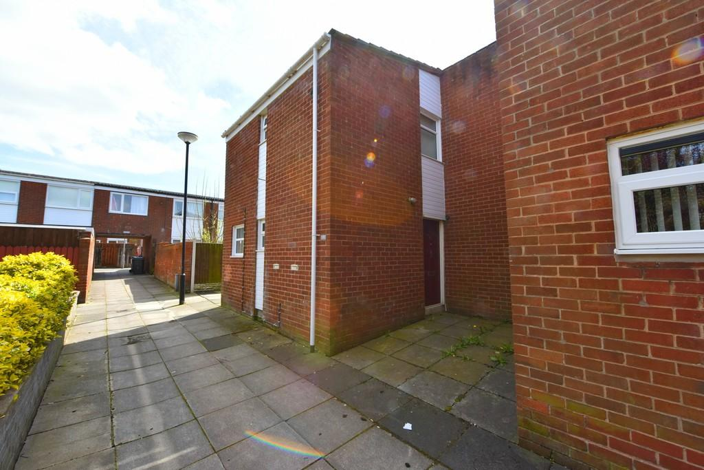 3 Bedrooms End Of Terrace House for sale in Abbeystead, Skelmersdale
