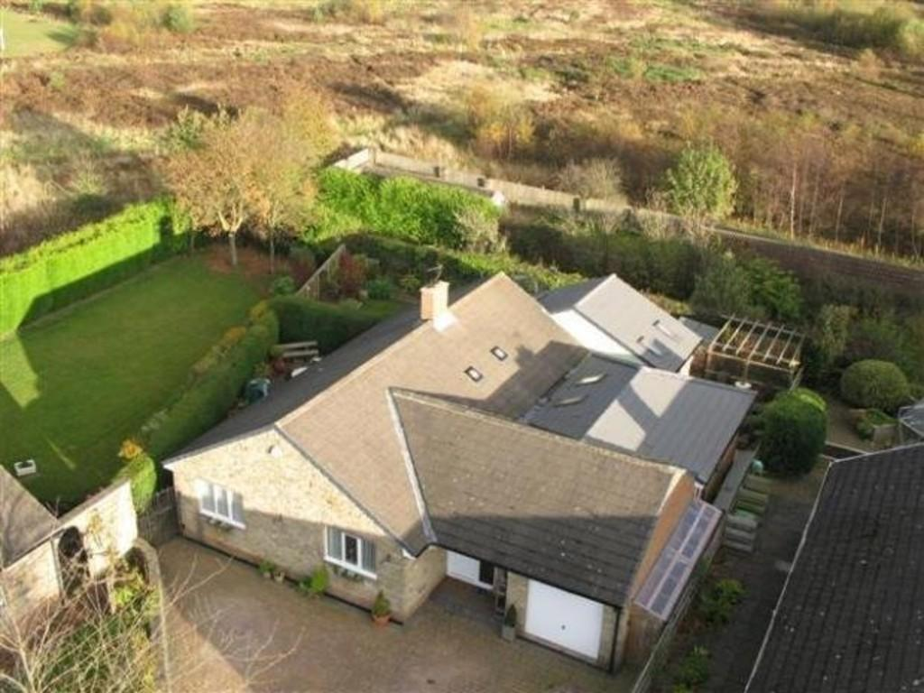 4 Bedrooms Detached Bungalow for sale in The Avenue, Greencroft, Stanley