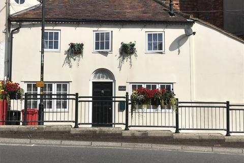 2 bedroom terraced house to rent - New Road, Marlborough, Wiltshire, SN8