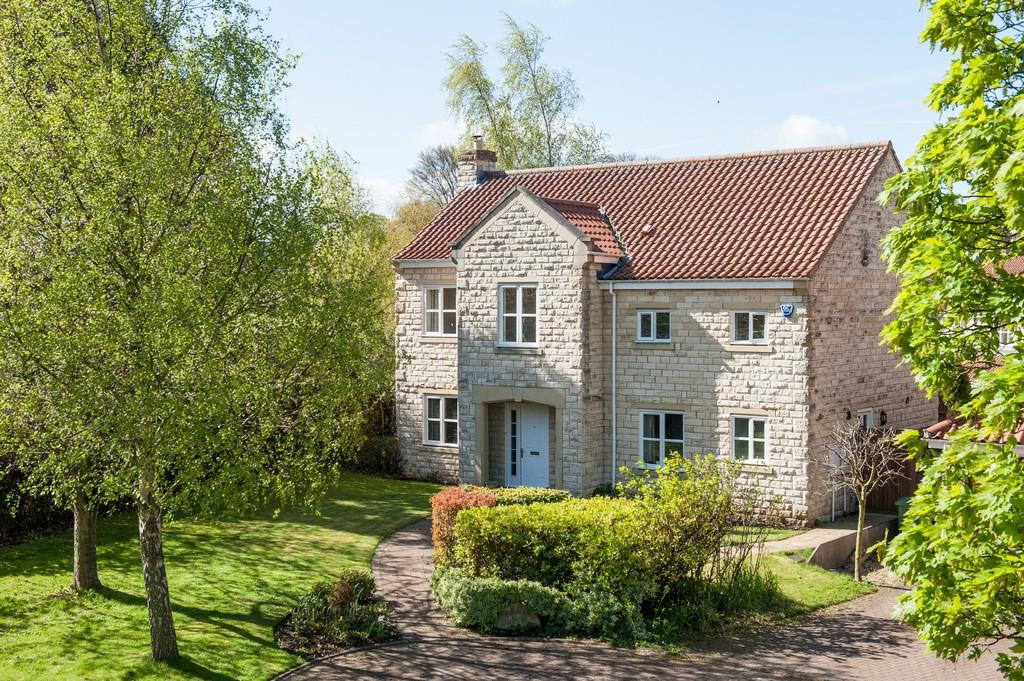 5 Bedrooms Detached House for sale in The Follies, 19 Folly Lane, Bramham, LS23 6RZ