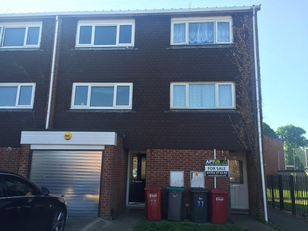 3 Bedrooms Town House for sale in Cheviot Road, Slough