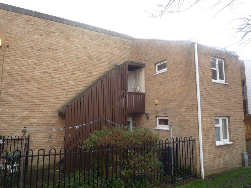 2 Bedrooms Apartment Flat for sale in Haslam Close, Barkerend, BD3 0RJ