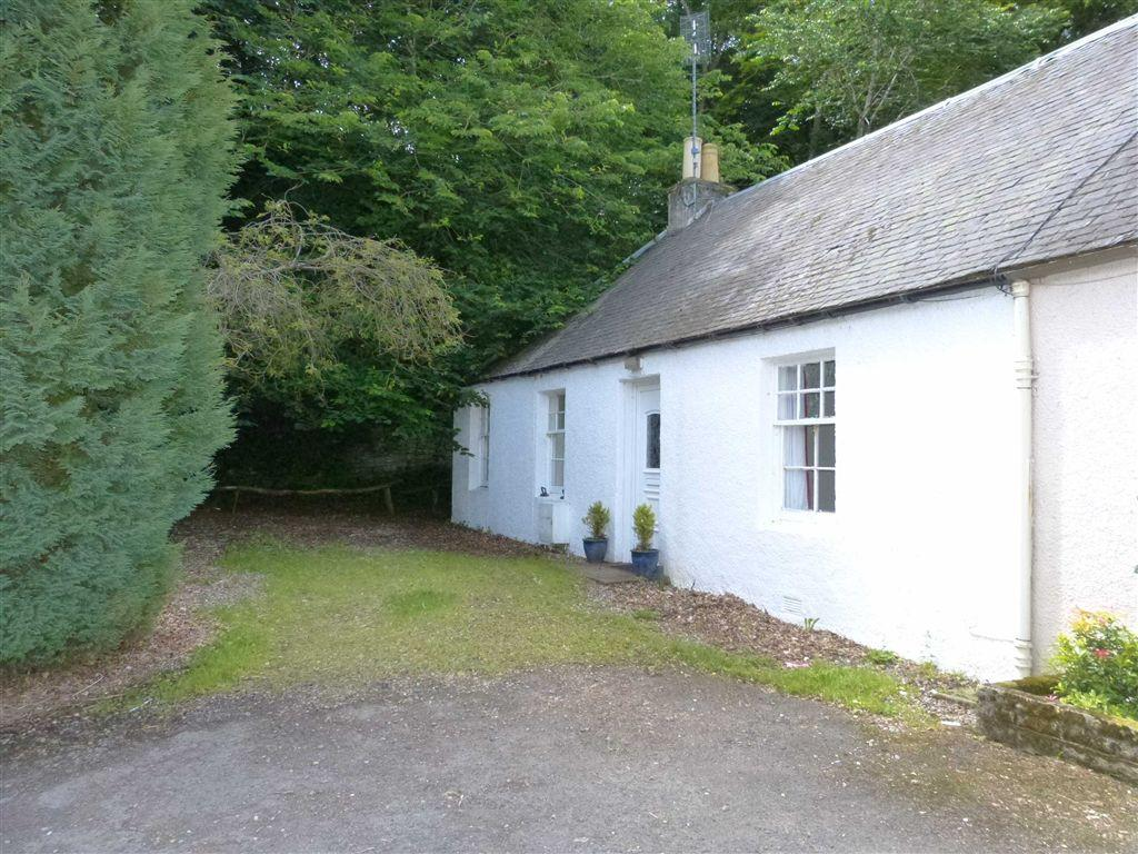 2 Bedrooms Cottage House for sale in Woodside Cottage, Ruthvenfield, Perthshire