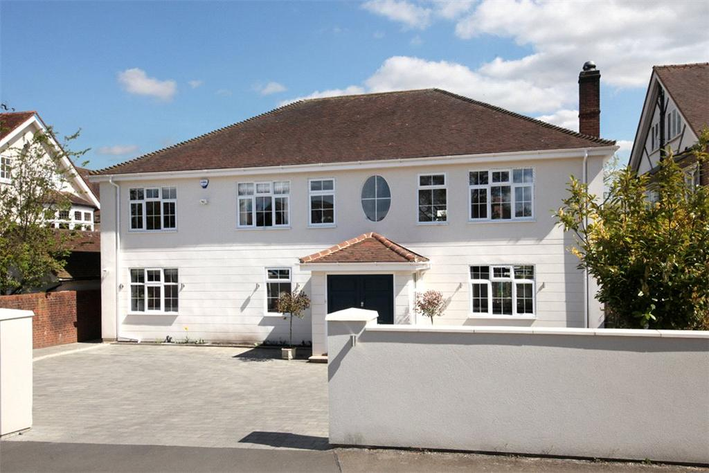 5 Bedrooms Detached House for sale in Grove Road, Beaconsfield, Buckinghamshire, HP9
