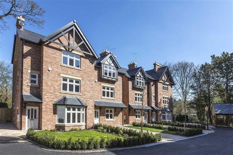 4 bedroom semi-detached house for sale - New Road, Prestbury