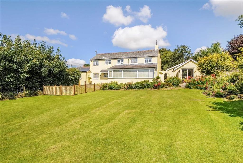 4 Bedrooms Detached House for sale in Higher Larrick, Trebullett, Launceston, Cornwall, PL15