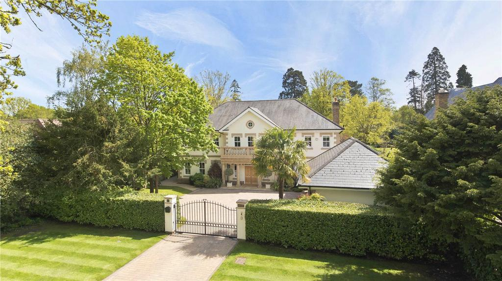 6 Bedrooms Detached House for sale in Broadwater Road South, Burwood Park, KT12