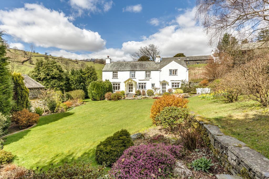 5 Bedrooms Detached House for sale in Slack Foot, Troutbeck, Windermere, Cumbria, LA23 1PL