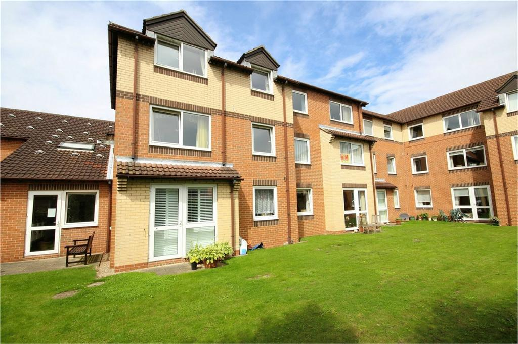 1 Bedroom Flat for sale in Albion Court, Anlaby Common, Hull, East Riding of Yorkshire