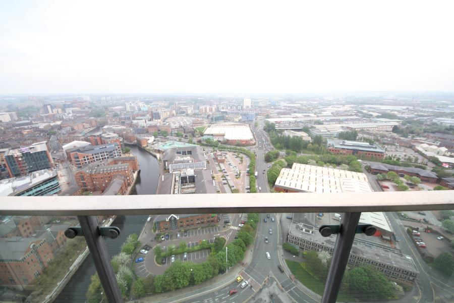 Bridgewater Place Leeds City Centre 1 bed apartment to ...