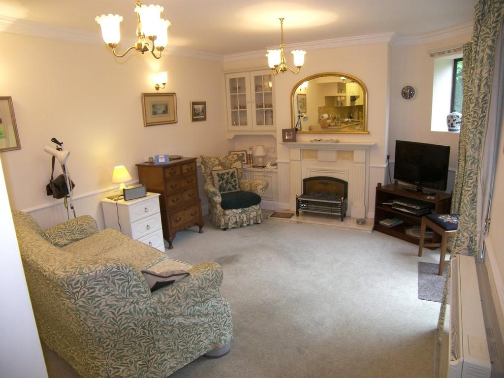 2 Bedrooms Apartment Flat for sale in Beech Court