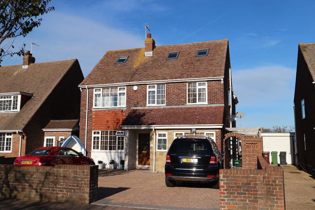 6 Bedrooms Detached House for sale in Stuart Avenue