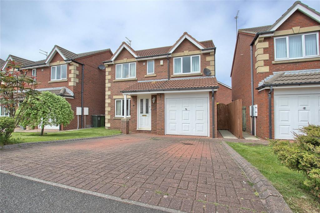 4 Bedrooms Detached House for sale in Trevarrian Drive, Redcar