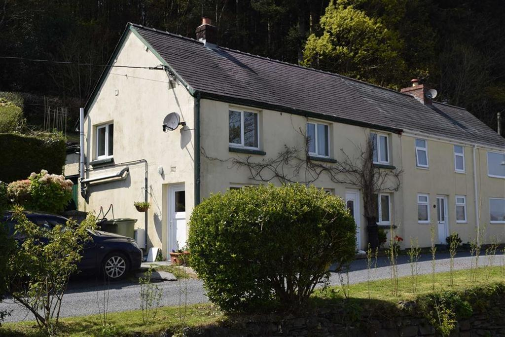 3 Bedrooms Semi Detached House for sale in 3, Tan Y Coed, Talybont, Ceredigion, SY24