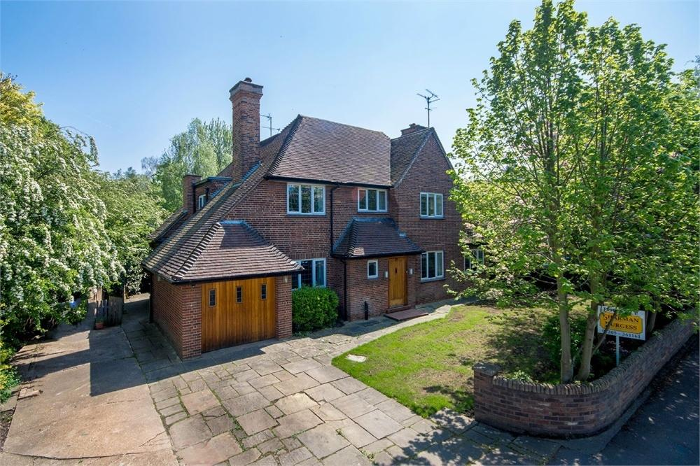 4 Bedrooms Detached House for sale in Linden Way, Boston, Lincolnshire