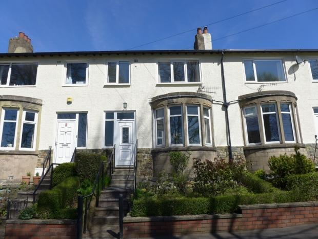 3 Bedrooms Terraced House for sale in Lime Avenue Todmorden