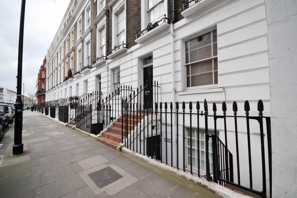 1 Bedroom Apartment Flat for sale in Oakley Street, Chelsea, SW3