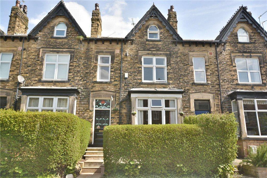 4 Bedrooms Terraced House for sale in Ingledew Crescent, Roundhay, Leeds