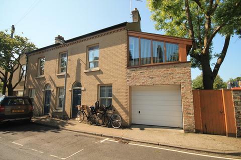 3 bedroom semi-detached house to rent - Cross Street, Cambridge