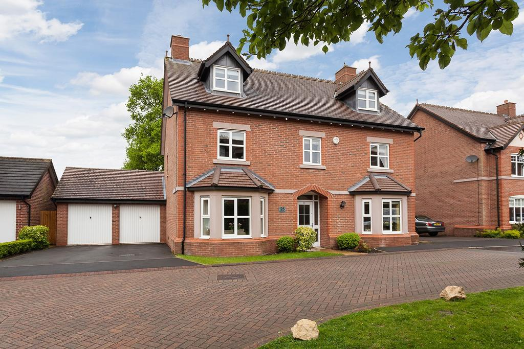 5 Bedrooms Detached House for sale in Wellcroft Gardens, Lymm