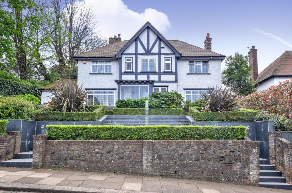 4 Bedrooms Detached House for sale in Hove Park Road Hove East Sussex BN3