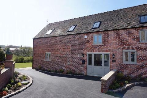 2 bedroom barn conversion to rent - Marsh Green Road, Gillow Heath