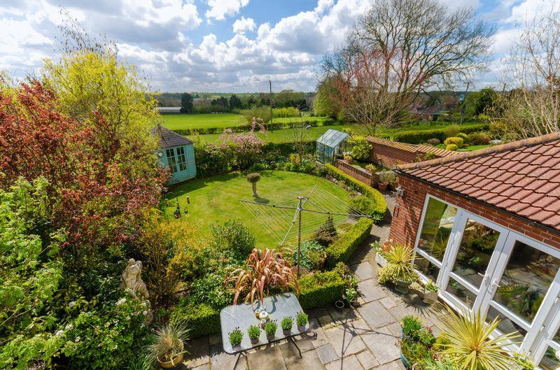 3 Bedrooms Detached House for sale in Bond Hayes Lane, Hagworthingham