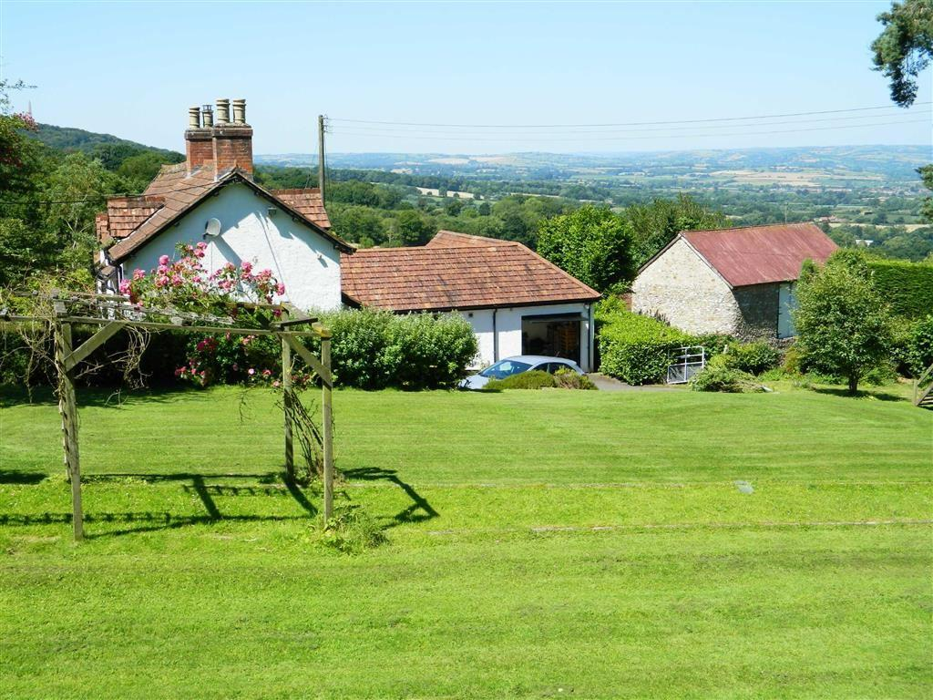 4 Bedrooms Detached House for sale in Ford Street, Wellington, Somerset, TA21