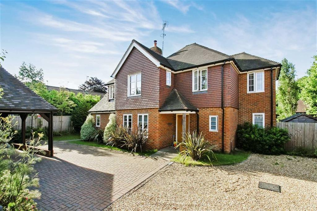 4 Bedrooms Detached House for sale in Portsmouth Road, Liphook, Hampshire, GU30