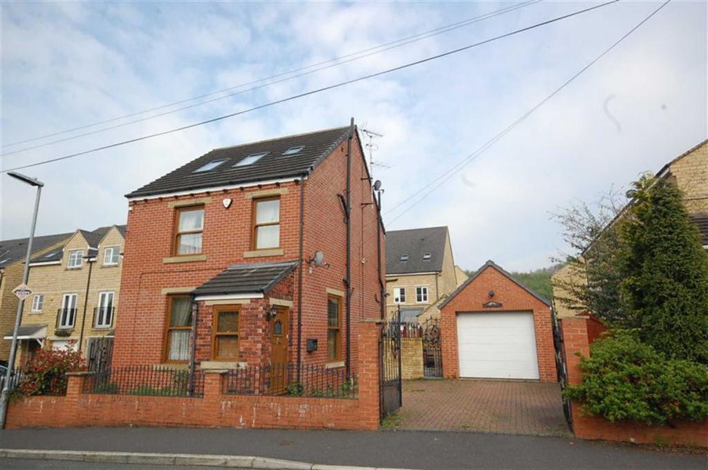 3 Bedrooms Detached House for sale in Fenay Bridge Road, Fenay Bridge, Huddersfield, HD8
